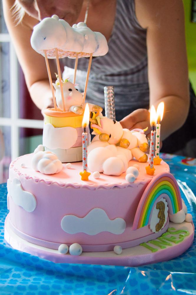 gâteau licorne pour un anniversaire